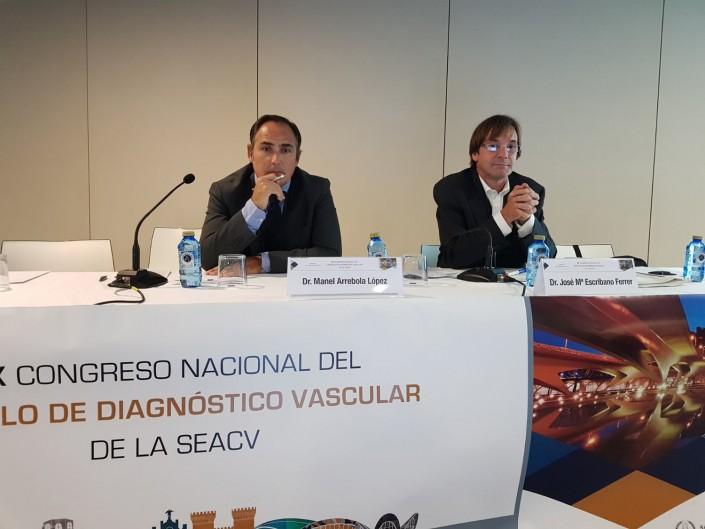 Mesa redonda Comunicaciones Orales Dr Arrebola y Dr Escribano